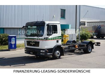 MAN TGL 8.220 BL Fahrgestell Rdst. 3,85m Diff. Sperr  - cab chassis truck