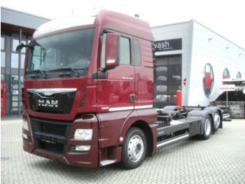 MAN TGX 26.440/ Automatik / Liftachse/ Euro 6  - cab chassis truck