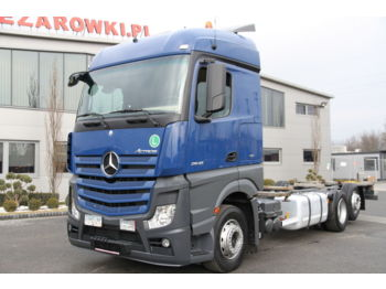 MERCEDES-BENZ ACTROS 2542 6x2 E6 BDF CHASSIS - cab chassis truck