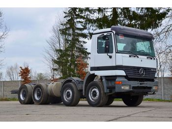 MERCEDES-BENZ ACTROS 3240 - cab chassis truck