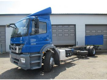 MERCEDES-BENZ AXOR 1829 - cab chassis truck