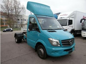 MERCEDES-BENZ SPRINTER 519 CDi - cab chassis truck