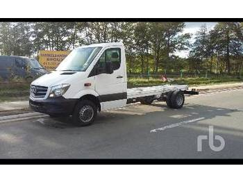 MERCEDES-BENZ SPRINTER 524 - cab chassis truck