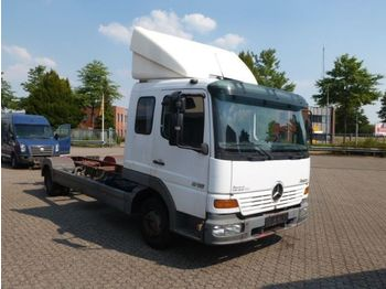 Cab chassis truck Mercedes Benz