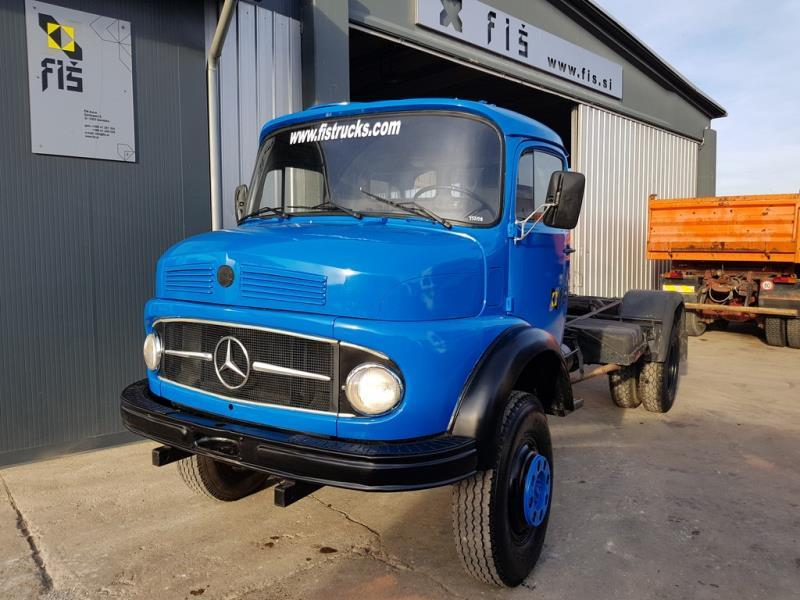 mercedes benz 911 4x4 long nose 4x4 chassis top cab chassis truck from slovenia for sale at. Black Bedroom Furniture Sets. Home Design Ideas
