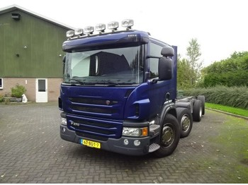 Scania P 370 8X2 - cab chassis truck