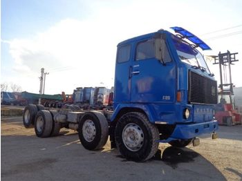 Cab chassis truck Volvo