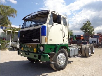 Cab chassis truck Volvo F89 (6X2)