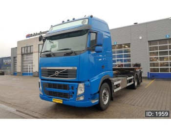 Volvo FH13 460 Globetrotter, Euro 5 - cab chassis truck
