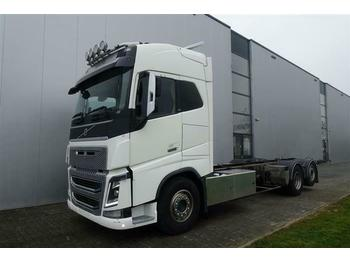 Volvo FH16.610 6X2 CHASSIS EURO 5  - cab chassis truck