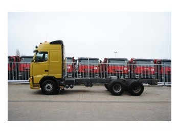 Cab chassis truck Volvo FH*** 520 6X4: picture 1