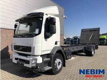 Volvo FL260 Euro 5 18T - cab chassis truck