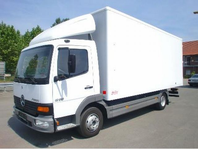 Mercedes benz atego 815 l closed box truck from germany for Mercedes benz box truck