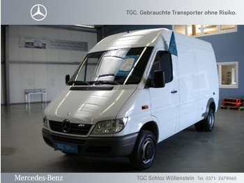 closed box delivery van mercedes benz sprinter 413 cdi. Black Bedroom Furniture Sets. Home Design Ideas