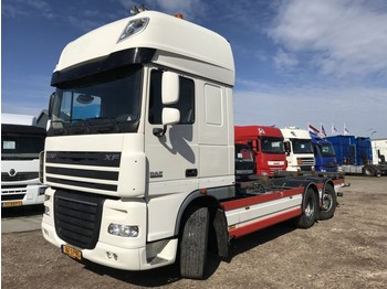 Container transporter/ swap body truck DAF FAN XF 105.410 EURO 5: picture 1