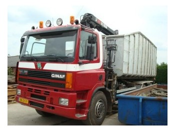 DAF GINAF M 3233 S   6X4 +  KRAAN - container transporter/ swap body truck
