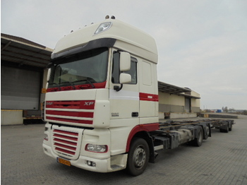 Container transporter/ swap body truck DAF XF105-410
