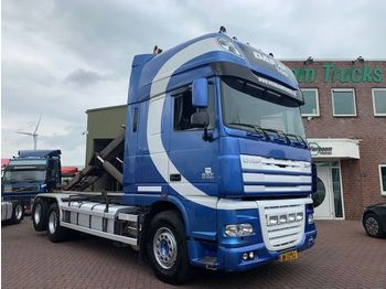 Container transporter/ swap body truck DAF XF105-510 6X2/4 FAN VDL HAAKARM