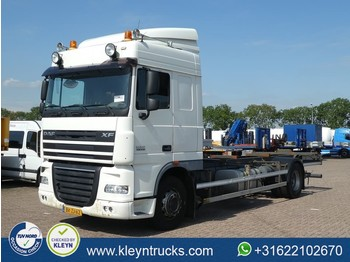 Container transporter/ swap body truck DAF XF 105.410 spacecab 4x2 euro 5