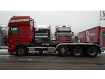 Leasing DAF XF 105.460 8X2 HOOKARM FOR CONTAINER TRANSPORT MANUAL GEARBOX - container transporter/ swap body truck