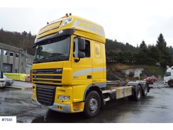 Container transporter/ swap body truck DAF XF 105.510