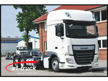 Container transporter/ swap body truck DAF XF 106.460 SSC, Jumbo Multiwechser, 3 Fahrhöhen: picture 1