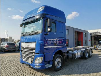 DAF XF 440 FAR 6x2 / 2 Tanks /  Super Space Cab  - container transporter/ swap body truck