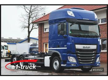 DAF XF 440, Multiwechsler, Liftachse, Standklima  - container transporter/ swap body truck