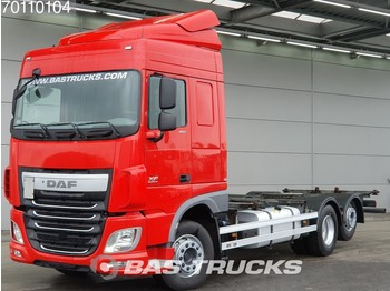 Container transporter/ swap body truck DAF XF 460 6X2 Liftachse Standklima Euro 6
