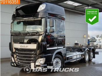 Container transporter/ swap body truck DAF XF 460 6X2 SSC ACC Liftachse Intarder Euro 6