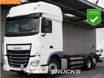 Container transporter/ swap body truck DAF XF 460 SSC 6X2 Intarder Liftachse Euro 6