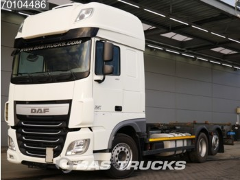 Container transporter/ swap body truck DAF XF 460 SSC 6X2 Intarder Liftachse Standklima Euro 6