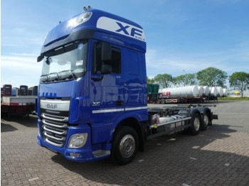Container transporter/ swap body truck DAF XF 510
