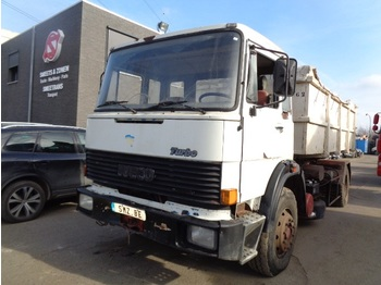 Container transporter/ swap body truck Iveco 190.26
