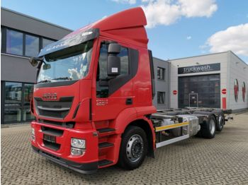 Container transporter/ swap body truck Iveco Stralis 400 /Liftachse /Ladebord /Rückfahrkamera