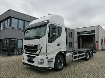 Container transporter/ swap body truck Iveco Stralis 460 / Xenon / Hi-Way / Liftachse: picture 1
