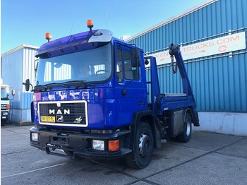 MAN 18.232F FULL STEEL CHASSIS WITH NOOTEBOOM CONTAINERSYSTEM (6 CILINDER ENGINE / MANUAL GEARBOX) - container transporter/ swap body truck