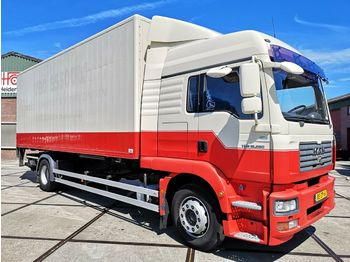 Container transporter/ swap body truck MAN TGM 18.280 4X2 LL | LIFT | BDF | 715x243x257