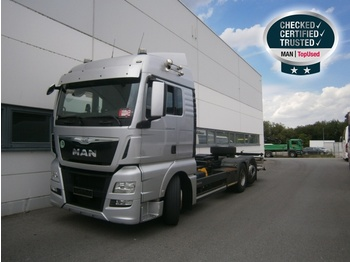 MAN TGX 26.440 6X2-4 LL - container transporter/ swap body truck