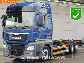 Container transporter/ swap body truck MAN TGX 26.440 6X2 Intarder Liftachse ACC Euro 6
