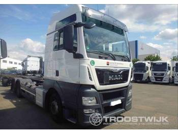 MAN TGX 26.440 6x2 BDF - container transporter/ swap body truck