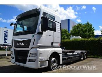 MAN TGX 26.440 BDF 6x2 - container transporter/ swap body truck