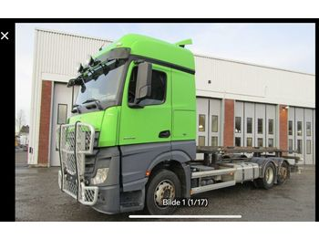 MERCEDES-BENZ 2548 - container transporter/ swap body truck