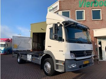 Mercedes-Benz ATEGO 1218 L EURO4 20FT CONTAINER NEW CONDITION LOW KILOMETERS WITH LIFT - container transporter/ swap body truck
