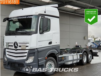 Container transporter/ swap body truck Mercedes-Benz Actros 2543 L 6X2 ACC Liftachse Navi Euro 6