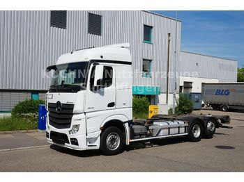 Container transporter/ swap body truck Mercedes-Benz Actros 2545LL BDF Multiwechsler Safety 2xAHK Eu6