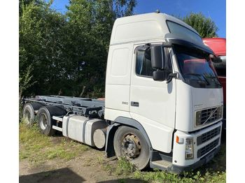 VOLVO FH16 550 6x4 - container transporter/ swap body truck