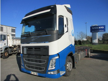 Volvo FH13 4x2 - container transporter/ swap body truck