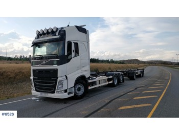Container transporter/ swap body truck Volvo FH540