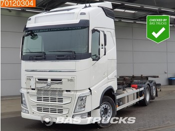 Container transporter/ swap body truck Volvo FH 420 6X2 VEB+ Liftachse 2x Tanks Euro 6